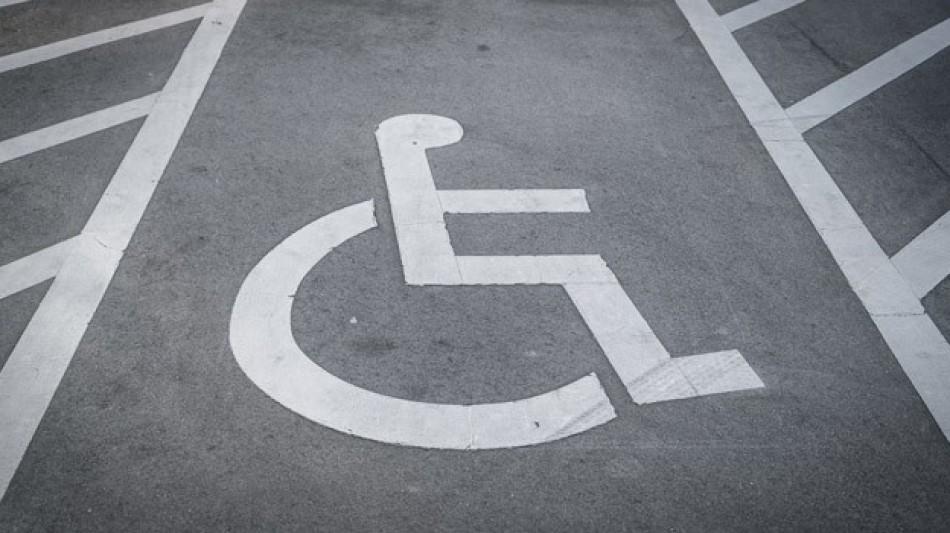 Baremo de movilidad reducida y tarjeta de aparcamiento especial