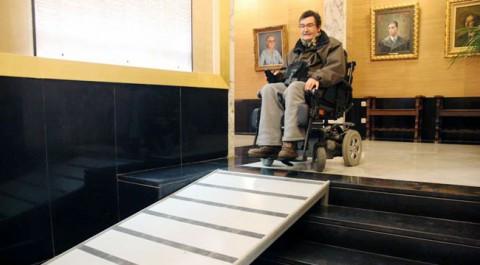 Google Maps nou servei sobre accessibilitat d'establiments cadira de rodes