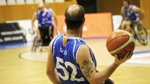Esport inclusiu equipo de básquet en cadira de rodes