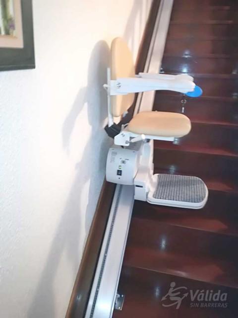 superar tram d'escales recte a interior de casa particular Arbizu