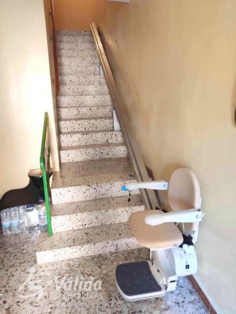 Cadira salvaescales FIDUS instal·lada a casa particular d'Ariza a Saragossa