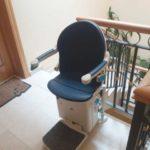 Cadira salvaescales SOCIUS instal·lada a comunitat de veïns d'Ávila