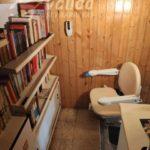 Muntatge d'una cadira puja escales per persones amb poca mobilitat o discapacitat