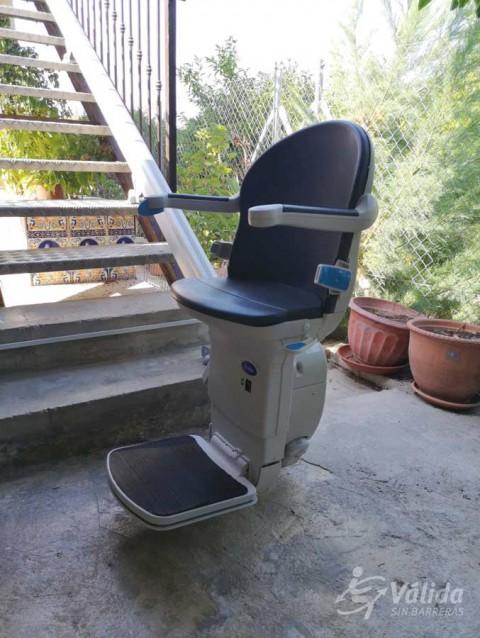 Cadira salvaescales AMICUS instal·lada a casa particular de Cabezo de Torres a Múrcia
