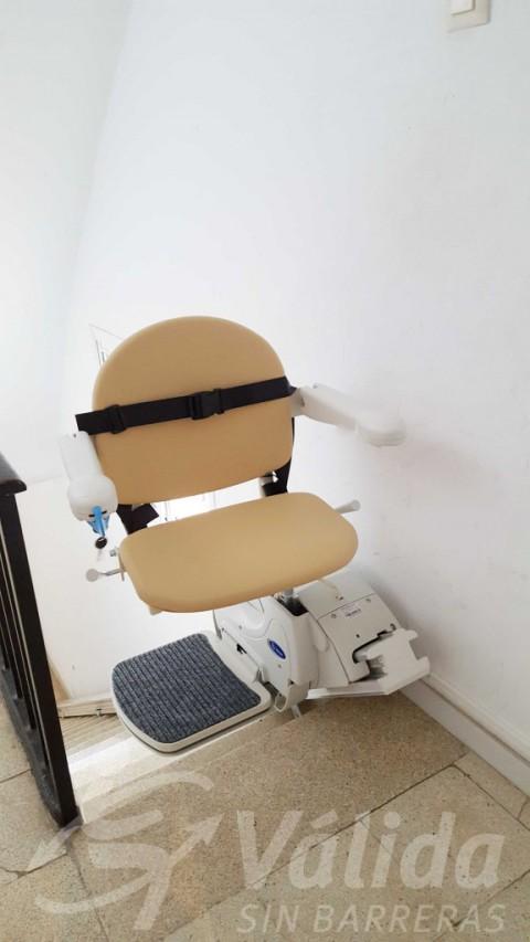 cadira pujaescales mobilitat reduïda fidus roses girona