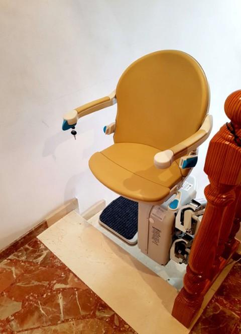cadira elevadora socius instalada algemesi valencia interior casa