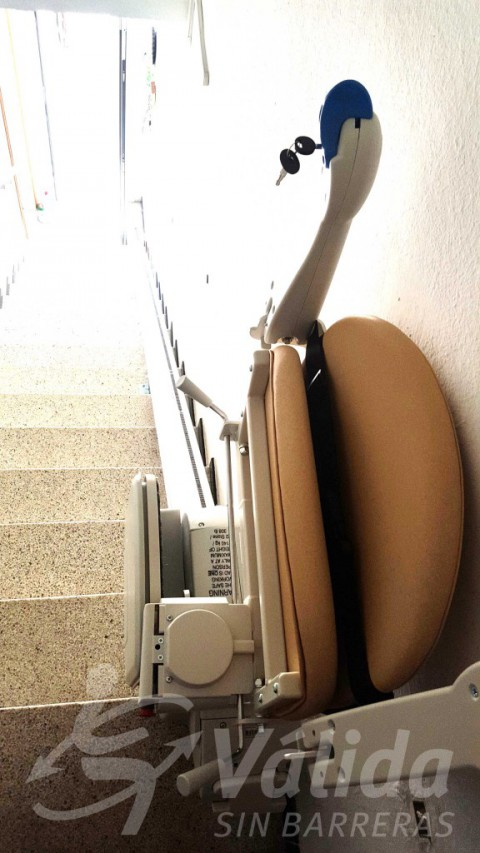 Cadira elevació discapacitat Vidreres Girona