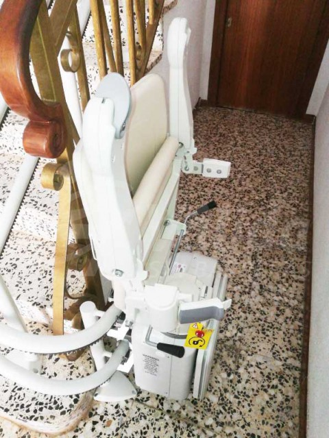 Cadira pujar i baixar escales socius salvaescales Tarragona montroig del camp