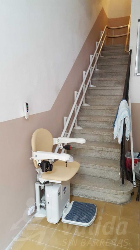 Instal·lació cadira salvaescales còmoda, segura, baix consum Socius Portbou