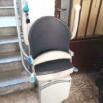 cadira salvaescales plegable instal·lada a casa particular de Collado a Madrid