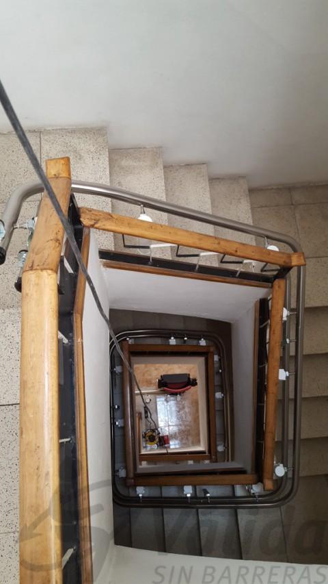 recorregut multiplanta interior edifici habitatges barcelona vilatorrada