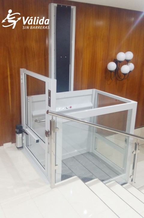 elevador Vectio persones mobilitat reduïda persones grans o amb discapacitat