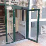 Elevador de curt recorregut VECTIO instal·lat a comunitat de veïns de Madrid