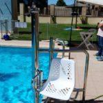 cadira entrar i sortir piscina assegut discapacitat guadalajara
