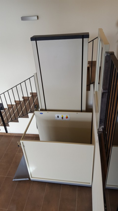 subeo elevador muntat sense necessitat d'obras a prullans