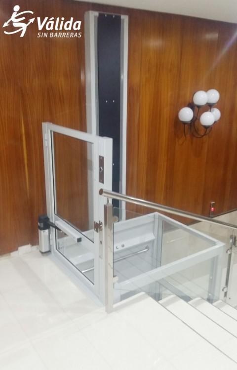 solució d'accesibilitat elevador Vectio instal·lació ràpida i sense obres
