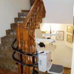 Instal·lació cadira salvaescales Socius casa particular multiplanta escala corba Tarragona