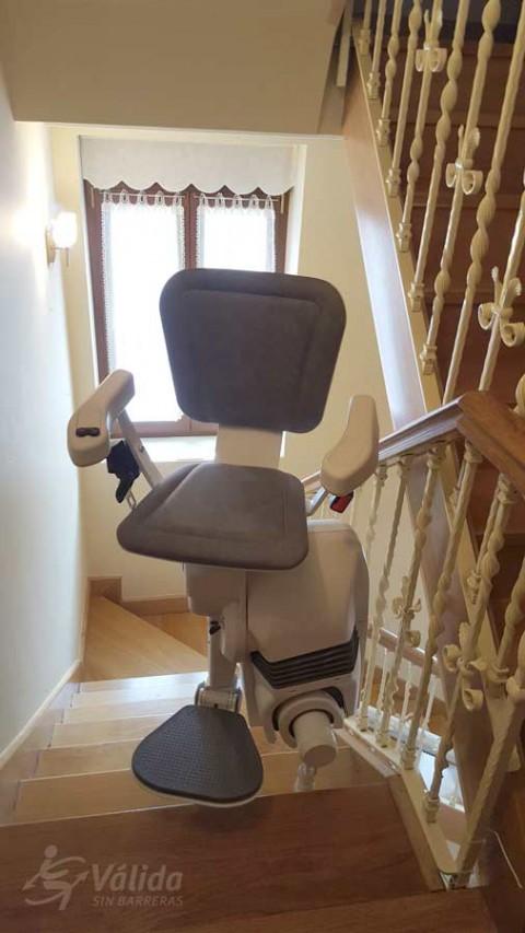 Cadira salvaescales UNIKA instal·lada a casa particular d'Irún a Vizcaya
