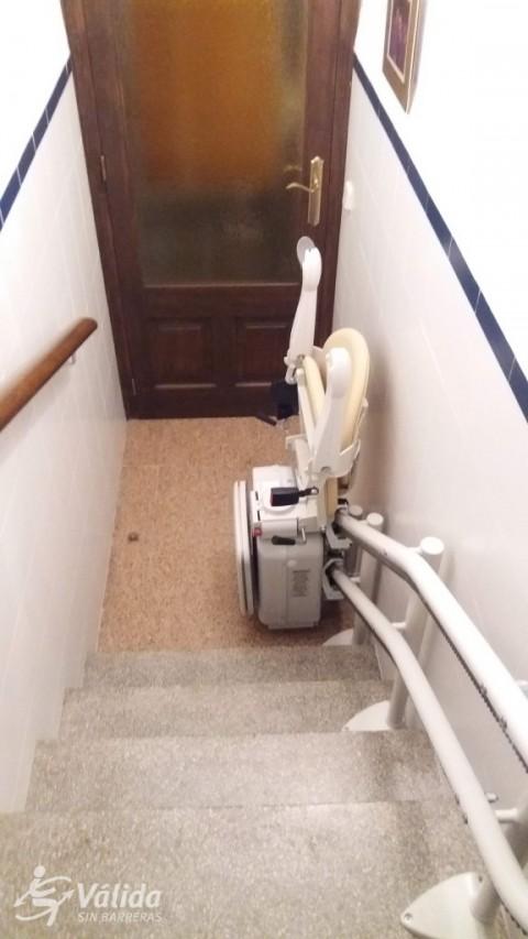 cadira pujaescales per instal·lar a interior de casa particular Girona