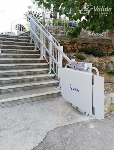 comprar plataforma salvaescales per a millorar l'accessibilitat