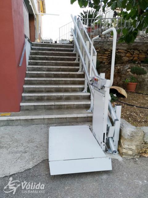plataforma salvaescales per a persones en cadira de rodes Castellón