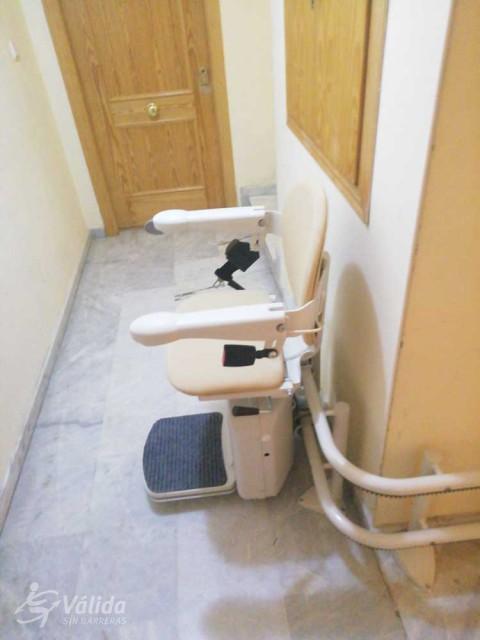 Cadira salvaescales SOCIUS instal·lada a casa particular de Maracena, Granada