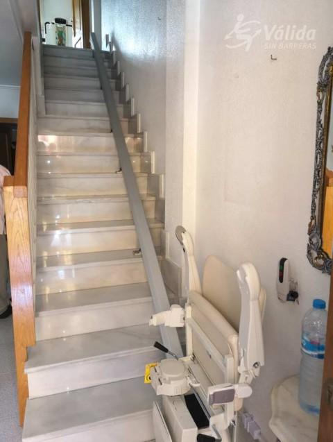 instal·lació de cadira elevadora per persones d'avançada edat a Múrcia