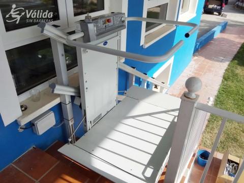 comprar plataforma salvaescales per persones amb mobilitat reduïda