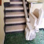 cadira salvaescales per solucionar problemes d'accessibilitat a la llar