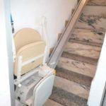 cadira pujaescales instal·lada a tram recte d'escales a Puerto de Sagunto