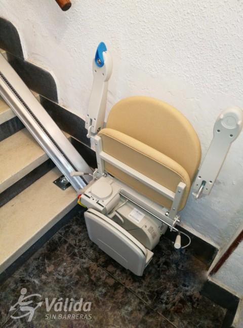 comprar cadira salvaescales segura i a bon preu per persones amb discapacitat