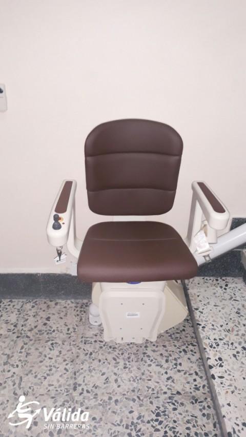 Instal·lació cadira salvaescales model Unum Cuellar Segòvia