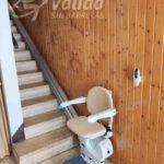 Cadira salvaescales Fidus instal·lada a un habitatge particular de Sant Vicenç de Castellet