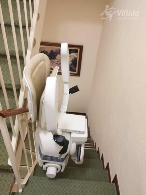 millorar l'accessibilitat amb una cadira elevadora de Válida sin barreras a Santander