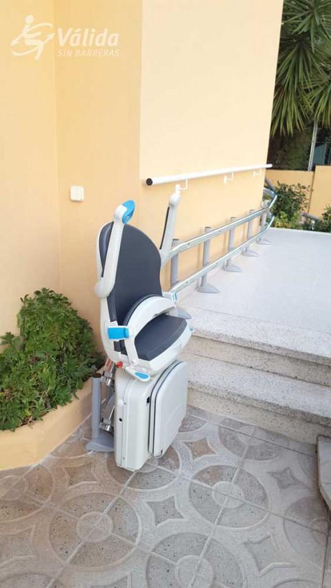 superar desnivells verticals amb una ajuda tècnica a Tarragona