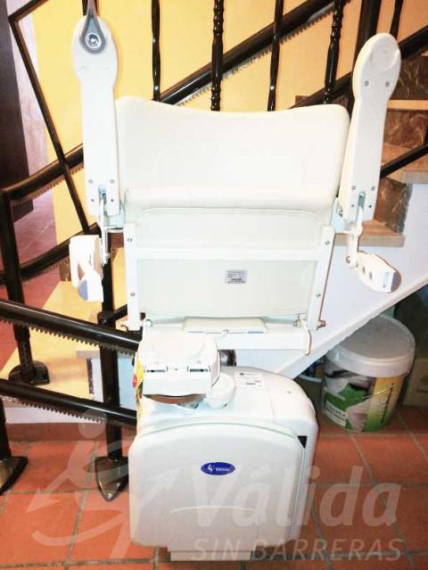 discapacitat cadira elevadora pujar escales Castellón Tírig salvaescales