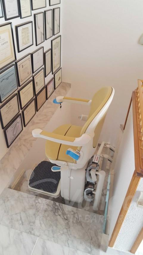 Cadira pujaescales còmoda segura a Abrera Barcelona