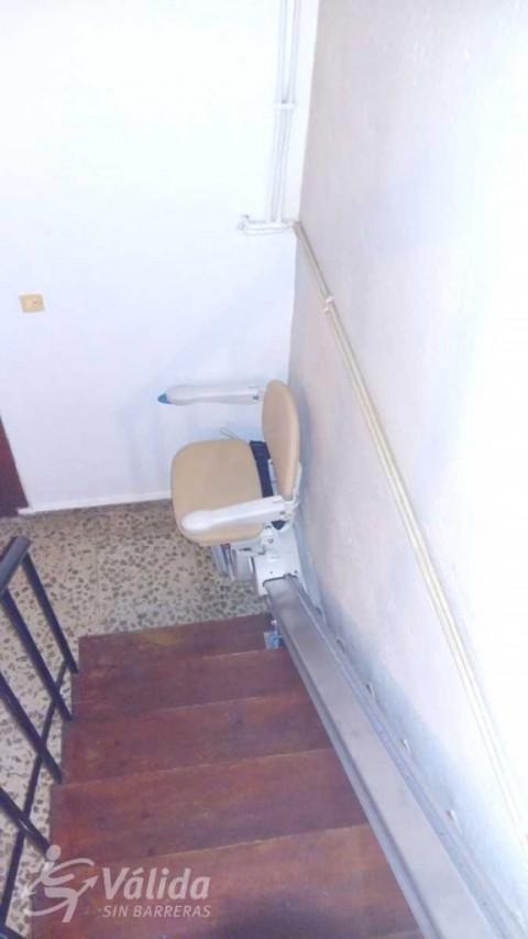 cadira elevadora per a persones amb mobilitat reduïda o discapacitat