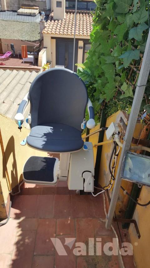 Cadira salvaescales per persones amb mobilitat reduïda