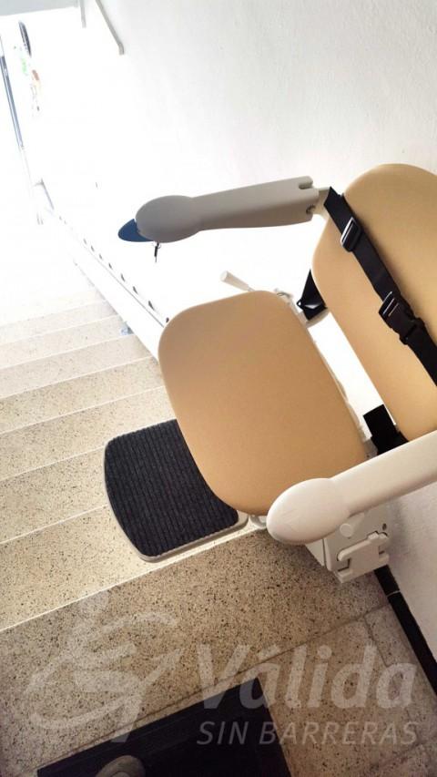 Cadira pujaescales Vidreres accessibilitat casa