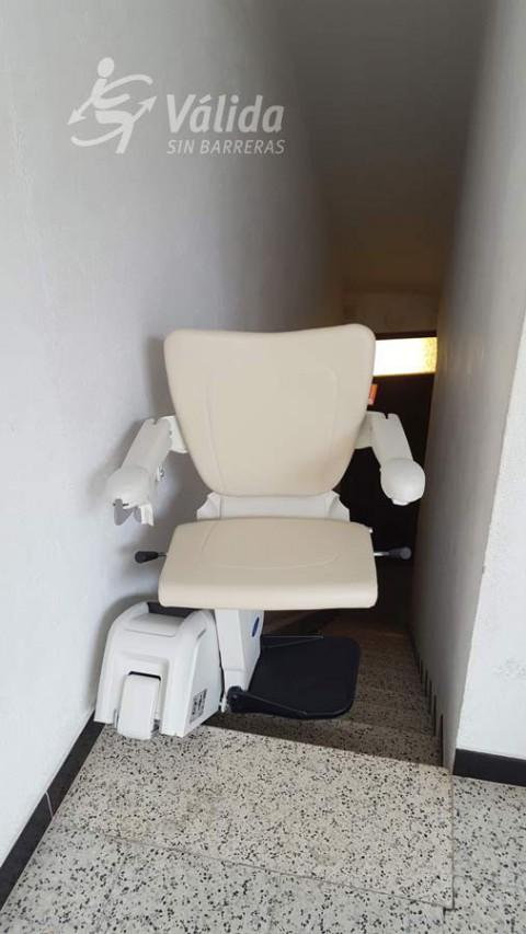 Cadira salvaescales alium a casa particular