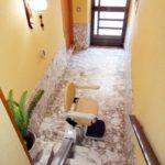 cadira salvaescales per a millorar l'accessibilitat a una casa particular