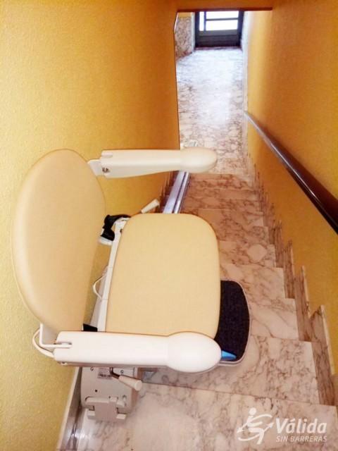 comprar cadira pujaescales per a suprimir barreres arquitectòniques a Tarragona
