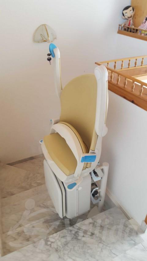 Instalar cadira per a pujar escales en Abrera Barcelona