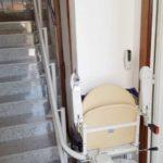 solució salvaescales per ajudar a persones d'avançada edat a Girona