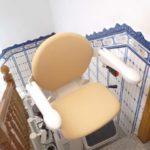 cadira elevadora instal·lada a casa particular de Sant Feliu de Guíxols, Girona