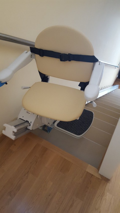 cadira puja escales fidus simplicity per casa obra nova hospitalet