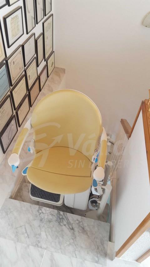 Cadira salvaescales baix consum elèctric en casa particular Barcelona Abrera