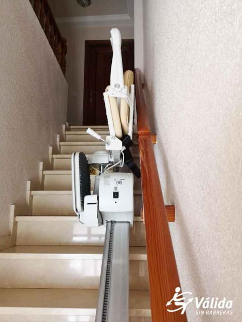 Instal·lació cadira elèctrica pujar escales Villanueva de Alcolea Castelló