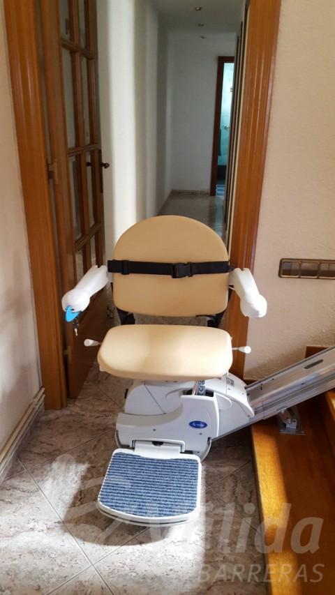 cadira elevadora pujaescales barcelona